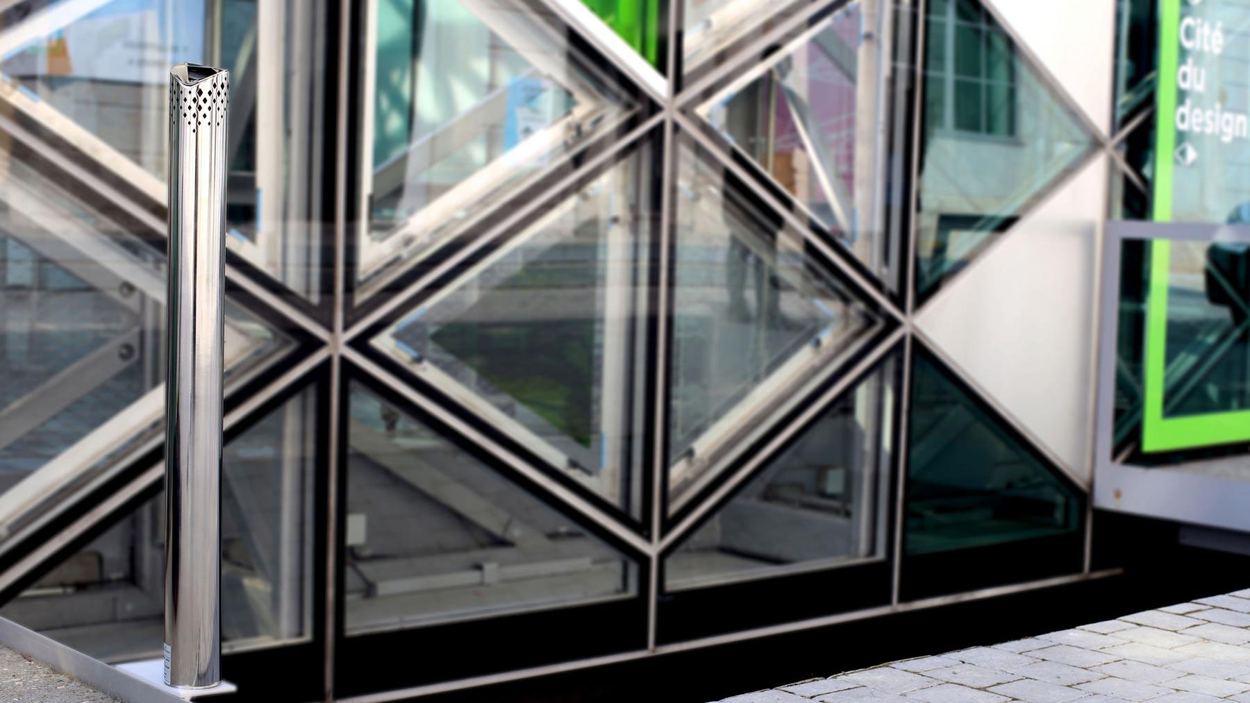 Objets publics cendrier public manques 2 design franck magné mobilier urbain cigarette