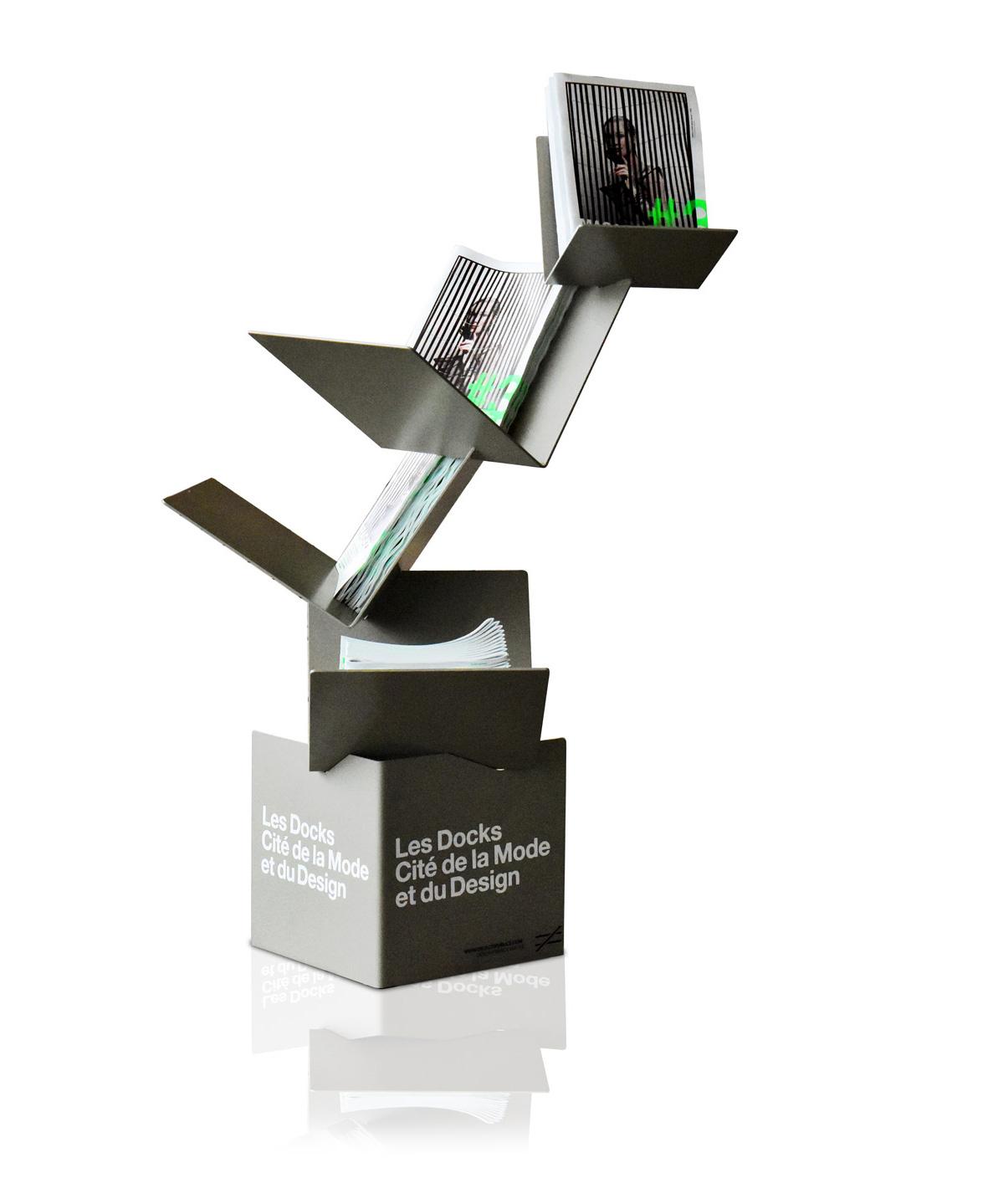 objets publics a livre ouvert support de magazines cité de la mode et du design design franck magné
