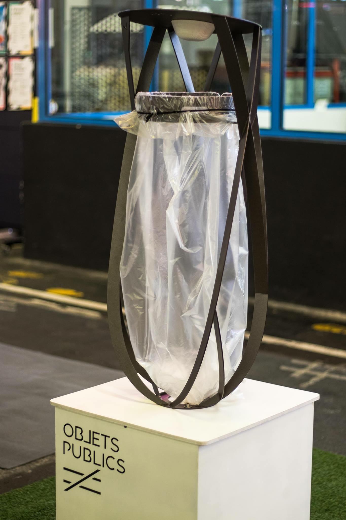 objets publics corbeille poubelle publique design porte sacs croisements design franck magne